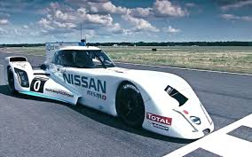 Nissan ZEOD RC laps the Top Gear test track | Digital Trends