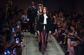 Digital Design In Fashion Luxury Fashion Designers Struggle To Adapt To Digital Era Wsj
