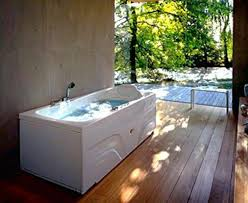 ideas for renovating a small bathroom. small spaces that sell homes. bathroom remodeling ideas for renovating a
