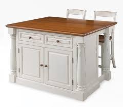 Kitchen island with stools Photo  4