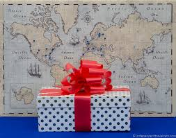travel gift guide best gifts for travelers traveler gift ideas presents