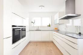 pros of laminate flooring
