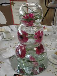 Fish Bowl Decorations For Weddings Graduated vases flower arrangement Decorating ideas Pinterest 11