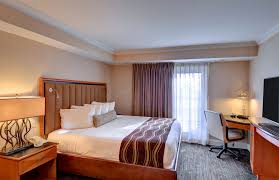 Master Bedroom On Suite Spacious 2 Room King Suite With Balcony Or Patio Accommodations I