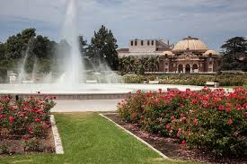 exposition park rose garden with the natural history museum of los angeles county
