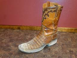 cleaning your cowboy boots