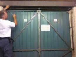henderson garage doorHENDERSON MERLIN GARAGE DOOR HOW TO ADD TENSION TO THE MAIN SPRING