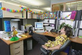 how to decorate your office. Delighful Decorate How To Decorate Your Office Desk On To F