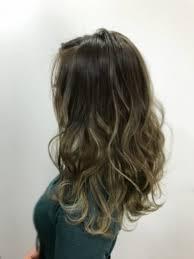フェミニン モード ギャルで使えるブラウン セミロング 巻き髪 ハイ