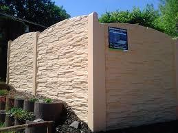Betonzaun Systeme Die Alternativen Und Pflegeleichten Sichtschutzzaun Beton