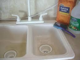 clean bathroom vinegar clean whirlpool bathtub vinegar