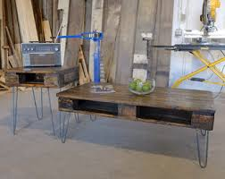 Wood Pallet Table DIY U2013 A Beautiful MessPallet Coffee Table With Hairpin Legs