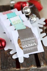 diy party favors cd cellophane wrapped cookies