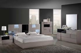 Queen Size Bedroom Furniture Sets On Bedroom Design Queen Size Bedroom Sets With Mattress The Queen