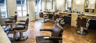 Bonhomme Barbier Et Concept Store Pour Homme à Paris