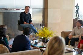 Larry Ellison Goes Face-to-Face with Founders from Oracle for Startups |  Oracle for Startups
