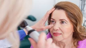 Psoriatic Arthritis and Eye Problems: When to Seek Help | Everyday ...