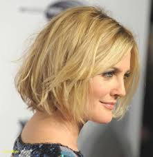 Fashion Medium Layered Haircuts For Thick Hair Alluring Elegant