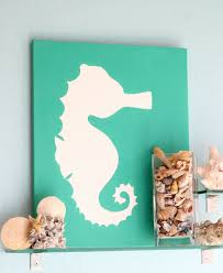 dazzling room decor with lavish painting of animal sea with green