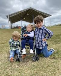 Ivy, Henry and spurgeon Seewald in 2020   Duggars, 19 kids and counting,  Duggar family