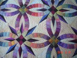 Wedding Quilt Patterns Adorable Wedding Ring Quilt Pattern The Edges Of The Quilt All Follow The