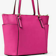 michael michael kors jet set large top zip saffiano leather tote raspberry i ing my authentic bag used only once women s fashion bags wallets on