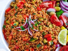turkish bulgur salad aka kisir