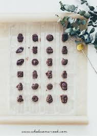 advent calander diy raw chocolate advent calendar with a coconut crunch wholesome cook
