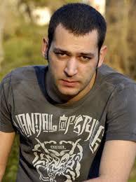 Murat Yıldırım Filmleri Araf - 2006. Güz Sancısı - 2009. Murat Yıldırım Dizileri Fırtına - 2006 2007. Asi - 2008 2009. Aşk ve Ceza - 2009 2010 - murat-yildirim-005