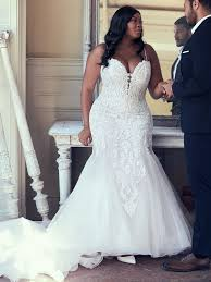 Travel Tips To Secure Your Destination Wedding Gown