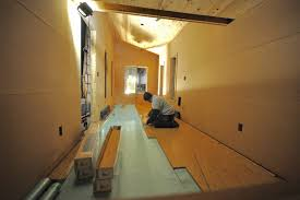 laying the pergo laminate flooring