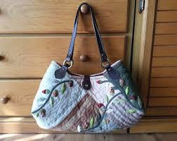 Quilt Bag tutorial. ~ DIY Tutorial Ideas! & Quilt bag, dress with applique flower another view Quilt bag! Pattern. DIY  tutorial Adamdwight.com