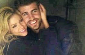"""Resultado de imagem para Shakira e Piqué negam boato de separação com """"canção de amor"""""""