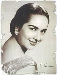 Gloria Romero - gloria-romero-01