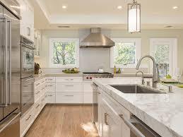 Interior_designer_kitchen_remodel_woodard.  Custom_kitchen_island_remodel_losgatos. Red_range_hood_interior_design.  Interior_design_expert_woodard