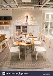 Esszimmer Möbel Bei Ikea Großbritannien Stockfoto Bild