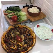 Harika menu oneri olsun😍🤗 . Via:@elif.c.yazici Ne yemek yapsam diye  düşünmeyin bizi takip edin🤗 👉@harika.sofra | Yemek, Yemek tarifleri, Iftar