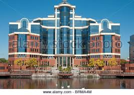 victoria harbour building an office development at erie basinsalford quays owned by peel building an office