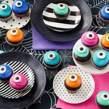 16 Cute & Spooky Halloween Cupcake Ideas | Wilton Blog