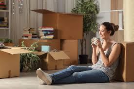 First Apartment Checklist: Your Apartment Essentials| MYMOVE