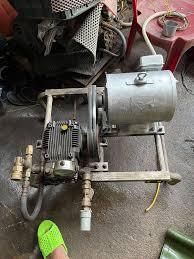 Máy rửa xe italia siêu bền - 87078024