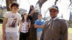 High school students from disadvantaged communities experience the  University of Sydney