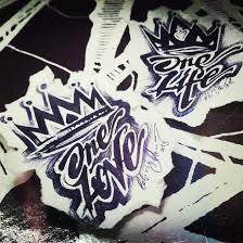 тату эскизы для парных тату короны и надписи эскизы нарисованы