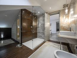 dark pine with a horizontal line pattern covers the shower walls and the floor of this
