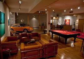 Glancing Man Cave Ing Ideas Small ...