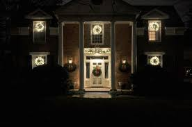 Classic Holiday Lights A Classic Outdoor Holiday Lighting Design To Welcome Friends
