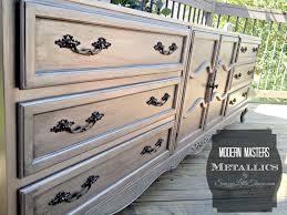 Diy metallic furniture Black Modern Masters Metallics Livelovediy Diy Furniture Project Using Modern Masters Metallic Paint