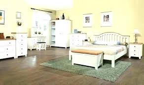 Distressed White Bed Distressed Bed Painted White Bedroom Furniture ...