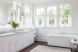 tips  ideas for choosing bathroom window curtains (with photos)