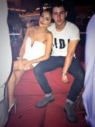 Nick Jonas And Olivia Culpo Wild Chains Vegas Trip It s One Of.